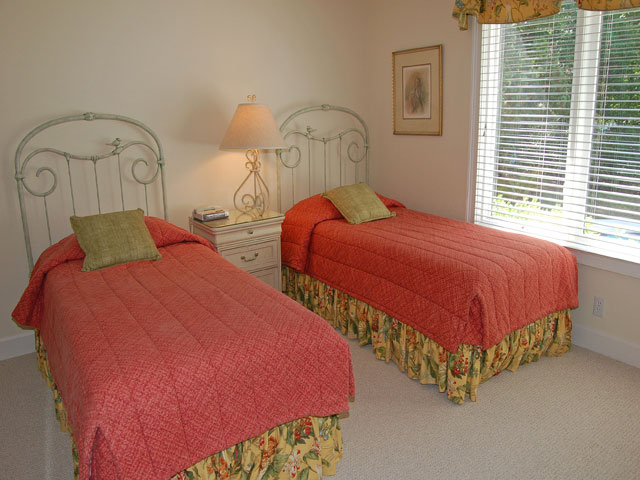 4 East Wind - Bedroom 5