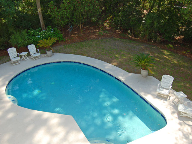 4 East Wind - Pool #2
