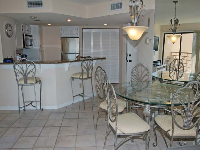 3232 Villamare - Kitchen Area