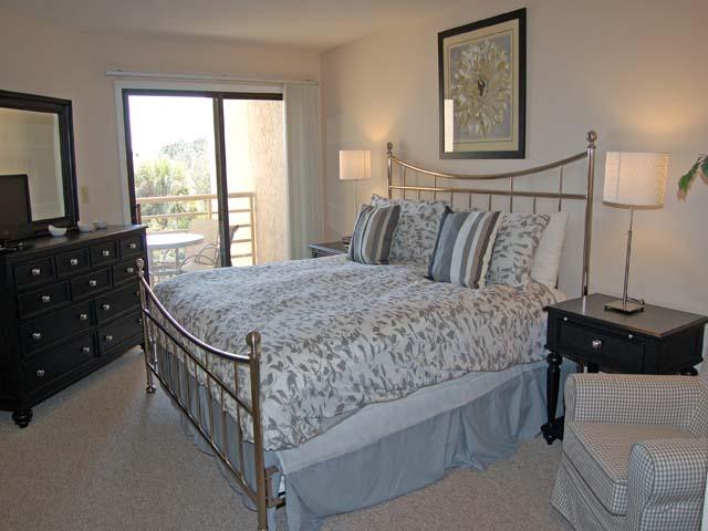 3232 Villamare - Master Bedroom