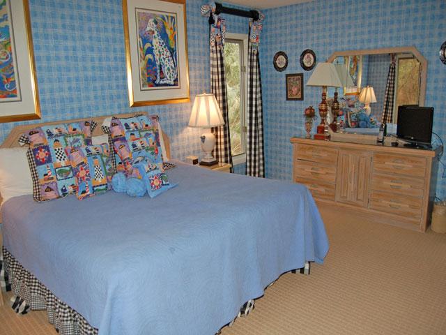 4 Dinghy - Bedroom 3