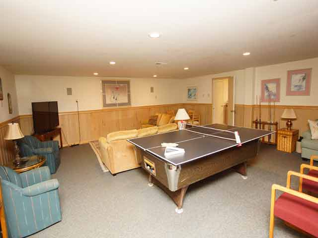 11 Dinghy - Basement ping pong table