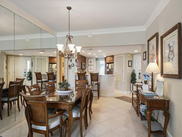 108 Barrington Arms - Dining Room