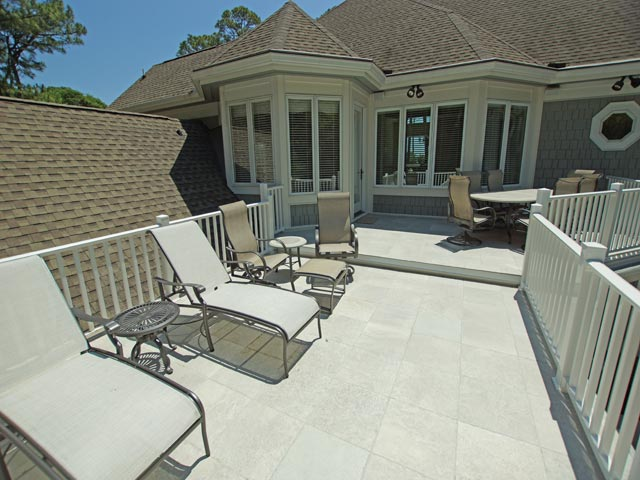 4 east wind - upper patio