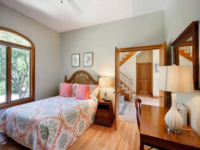 9 Galleon - Downstairs Bedroom 1