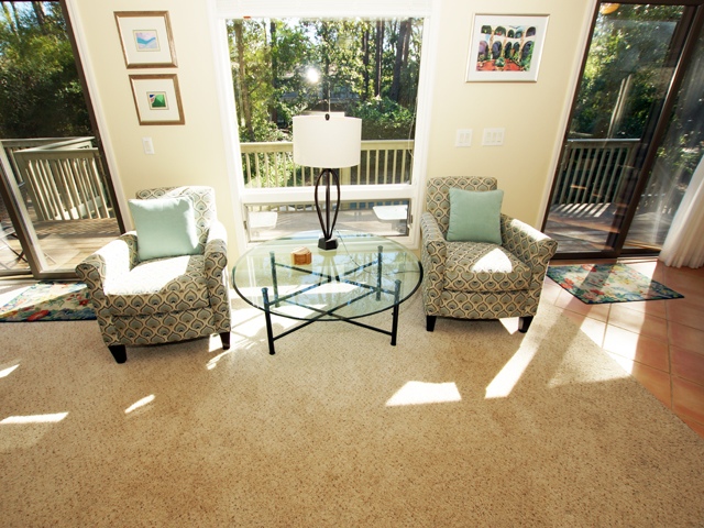4 Grey Widgeon - Sitting Area