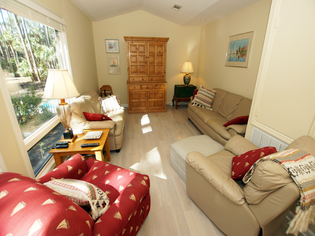 4 Grey Widgeon - Second Living Room
