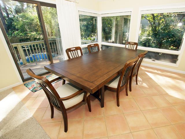 4 Grey Widgeon - Dining Room