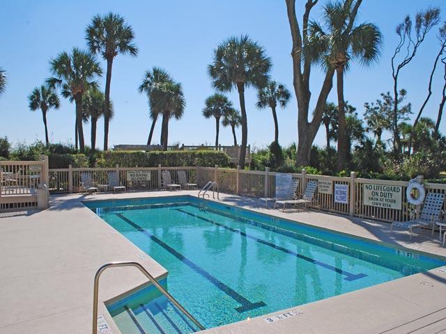 Hampton Place Complex - Lap Pool