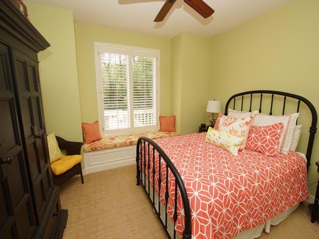2 High Rigger - Bedroom 1