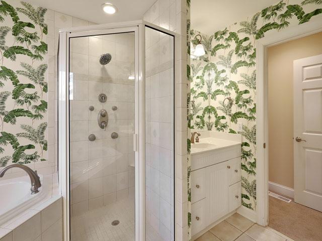 5 Junket -  Bedroom 1 Bathroom