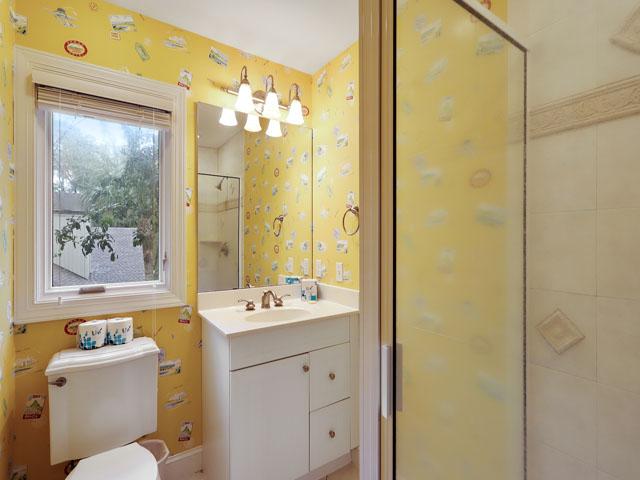 5 Junket -  Bedroom 2 bathroom