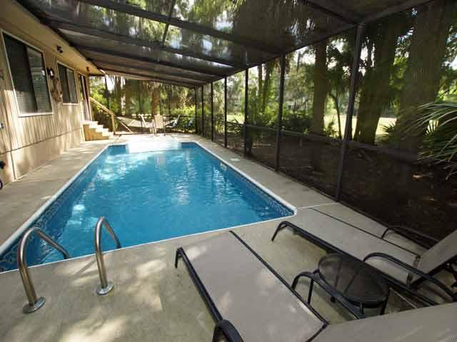79 Kingston - Pool