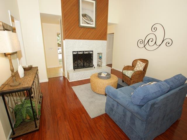 79 Kingston - Family Room