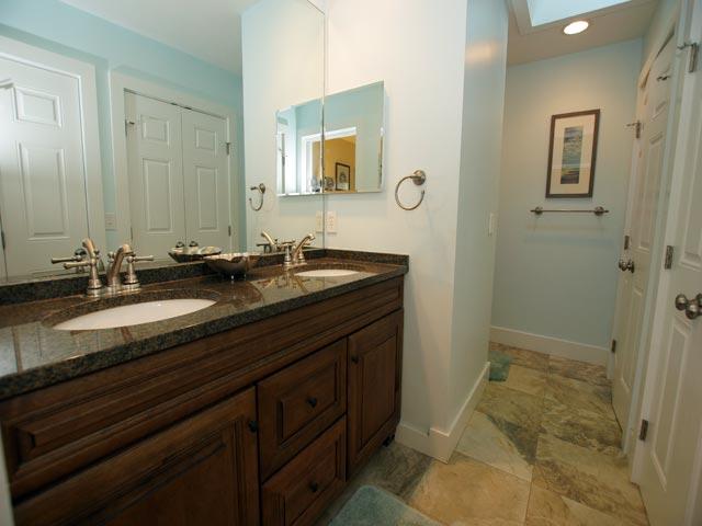 79 Kingston - Master Bathroom