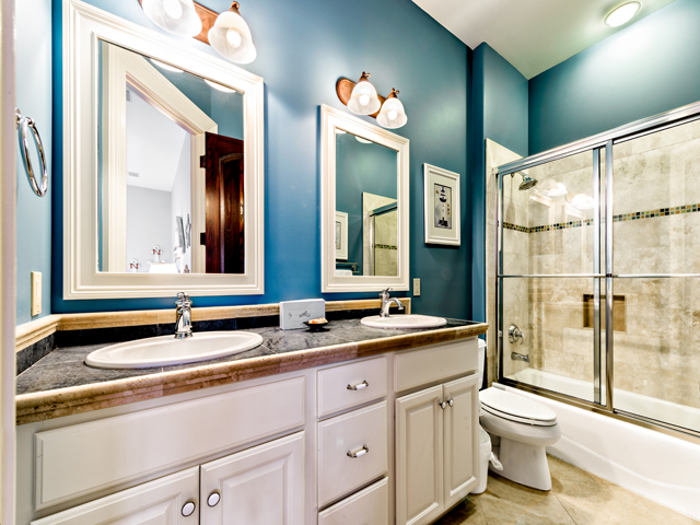 LB11 Blue Bathroom