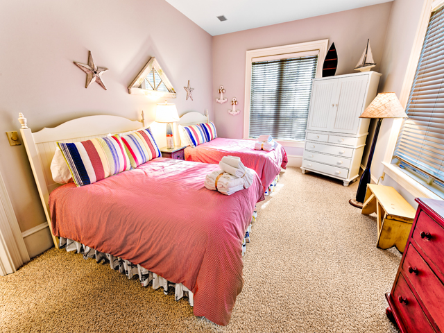 LB11 Pink Bedroom
