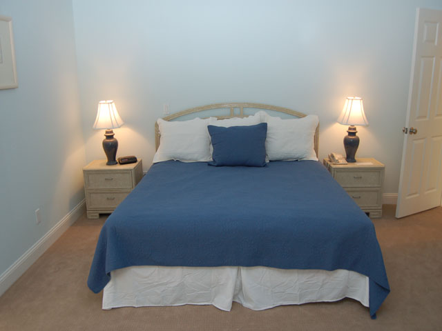 80 Mooring Buoy - Bedroom 4