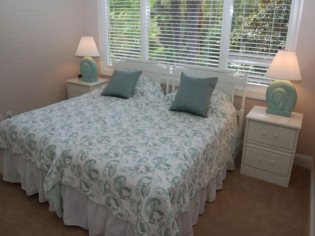 80 Mooring Buoy - Bedroom 6