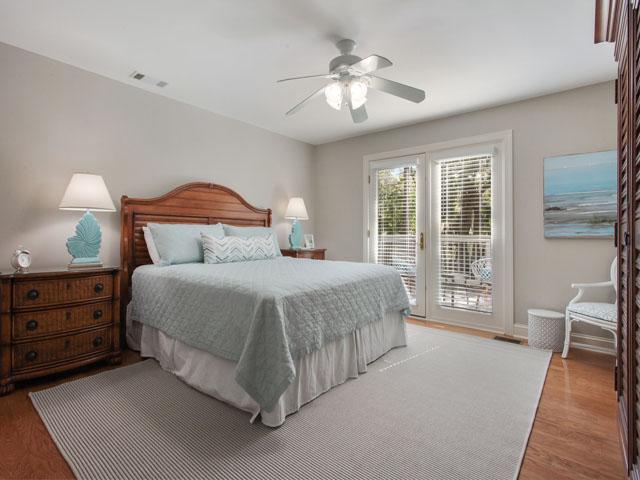189 Mooring Buoy- Bedroom 1