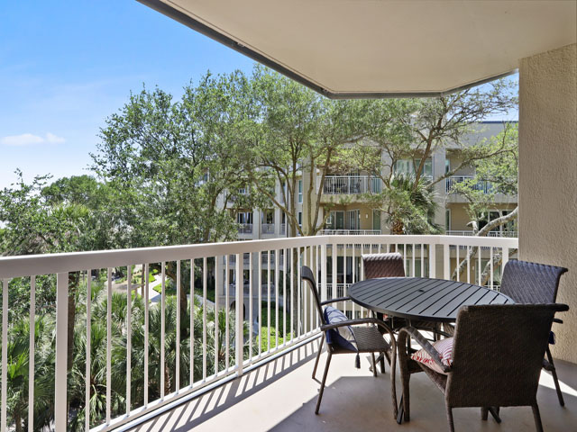 315 Barrington - Balcony