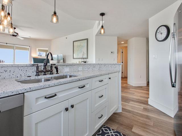 509 Barrington Court - Kitchen