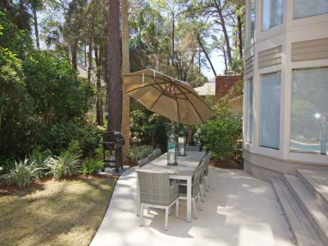 57 North Sea Pines - Outside table