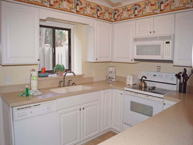 823 Ocean Cove - Kitchen