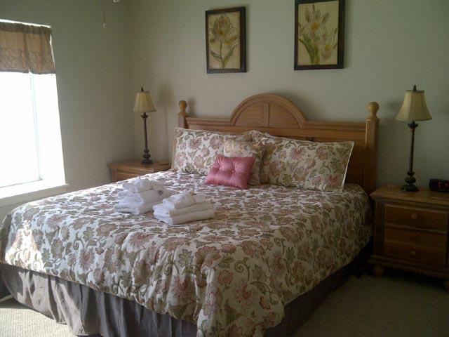 1734 Bluff Villa - Bedroom