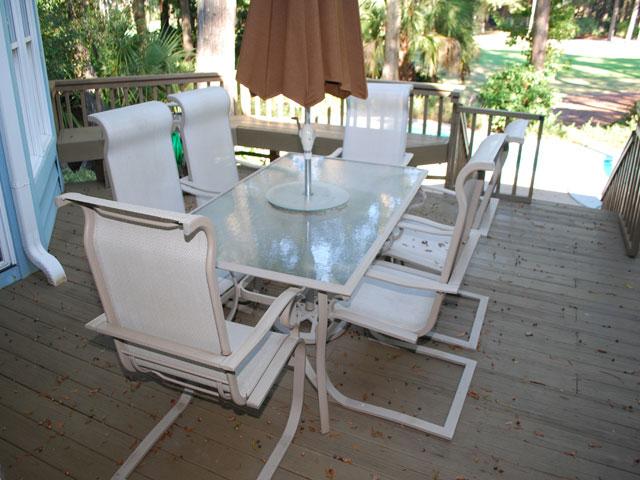 25 Rum Row - Deck