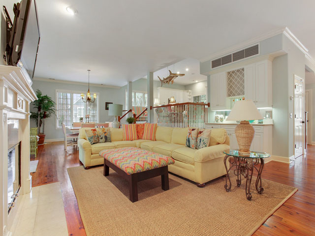 16 Snowy Egret - Living room