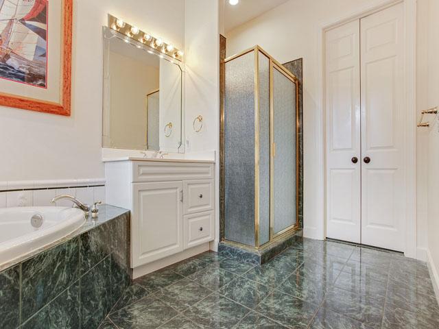 16 Snowy Egret -Bathroom 1