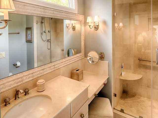 20 Sea Oak Bathroom
