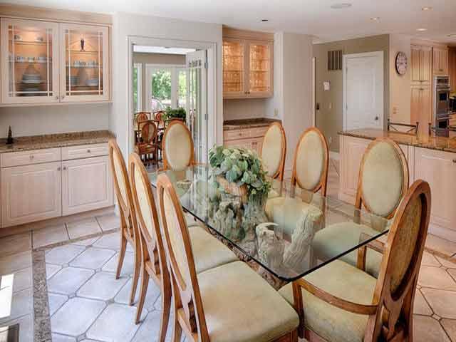 20 Sea Oak - Kitchen Eating Area