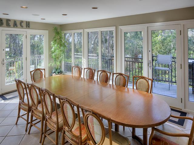 20 Sea Oak - Dining room