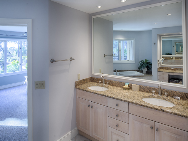 20 Sea Oak - Bedroom Bathroom