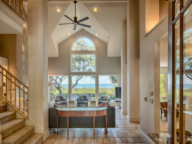 20 Sea Oak-Foyer