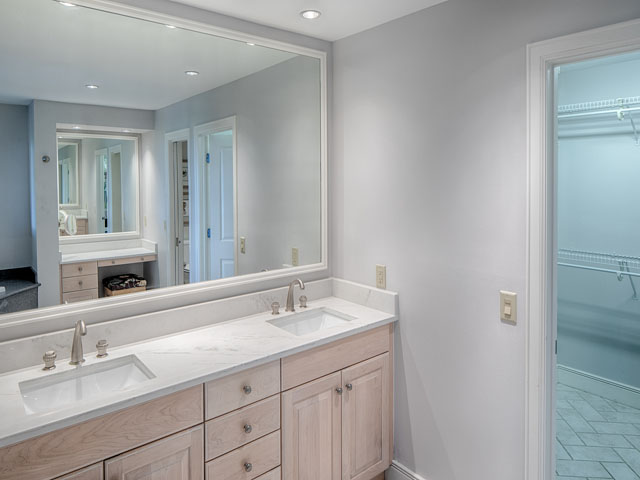20 Sea Oak-Bathroom 2