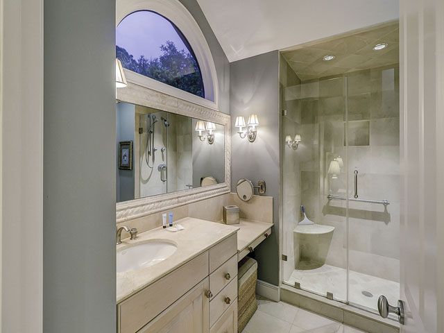 20 Sea Oak-Bathroom 3