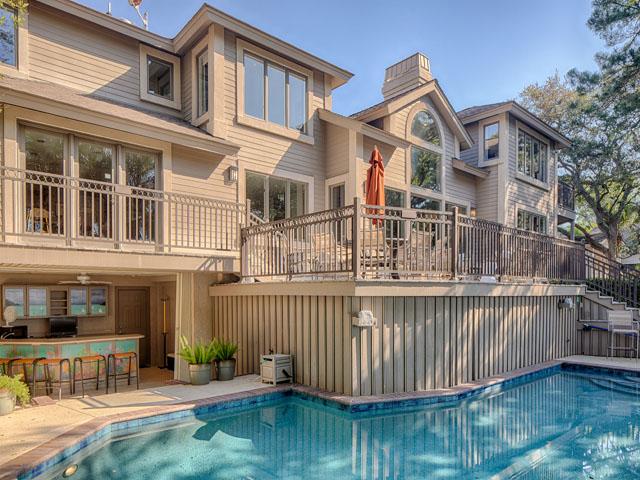 20 Sea Oak-Back of home/pool