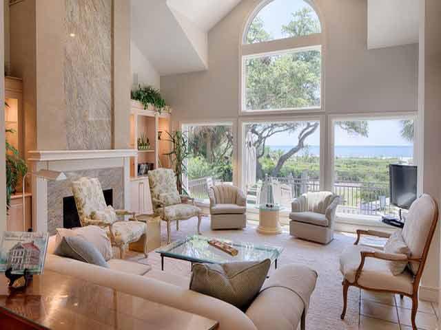 20 Sea Oak - Main Living Room
