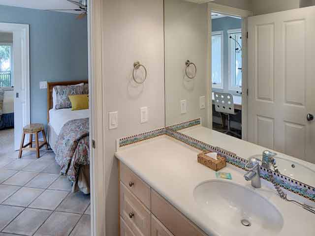20 Sea Oak - Bedroom 3 Bathroom