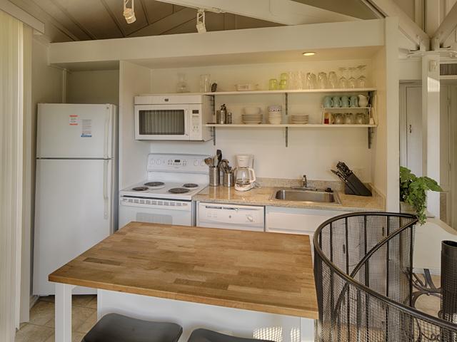23 Sea Oak - kitchen