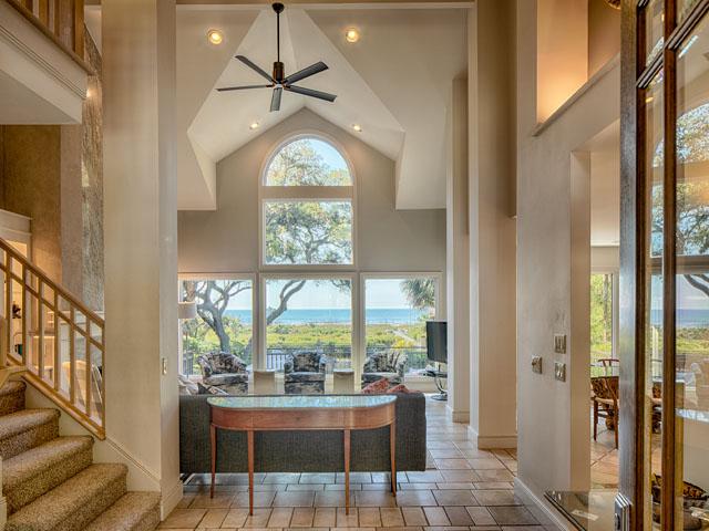 20 Sea Oak - Foyer
