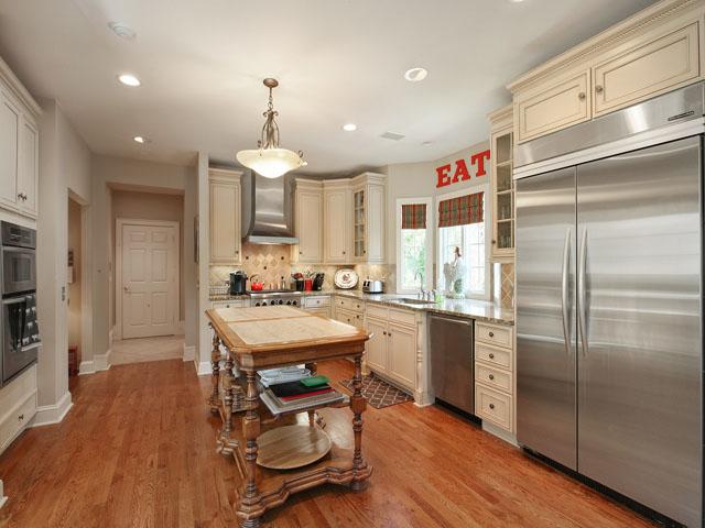 46 Sea Lane - Kitchen