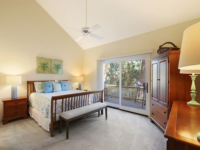 5 St George - Master Bedroom