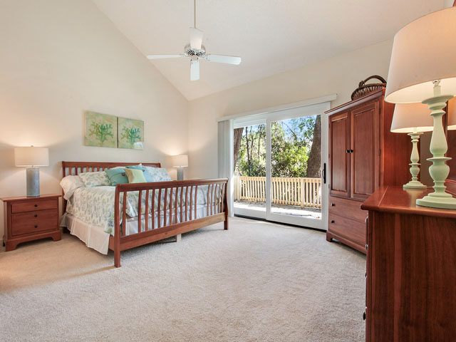5 Saint George - Master Bedroom