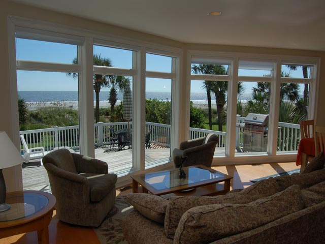 4 Sea Spray - Living Room