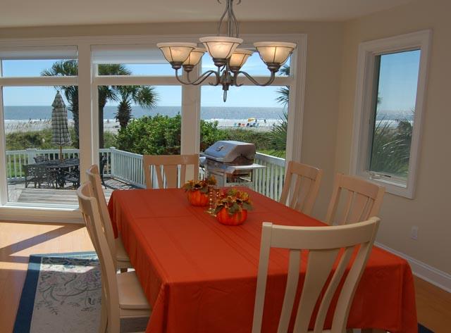 4 Sea Spray - Dining Room