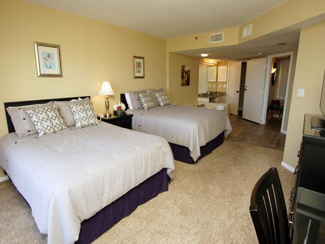 1408 Villamare - Guest Bedroom
